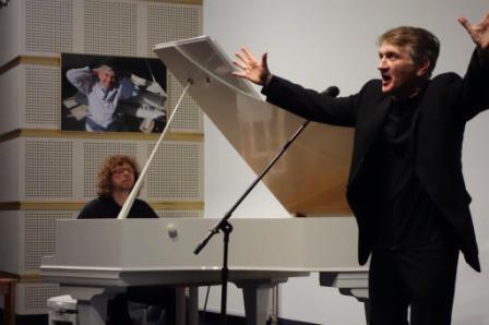 mencel_kowalski_bialy fortepian